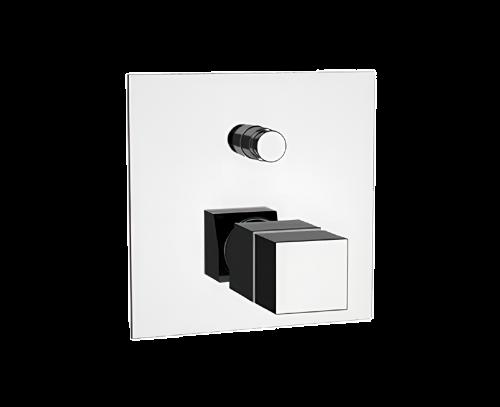 QT09   Podomítkový modul QUBIKA THERMO   dvoucestný   termostatický   chrom lesk